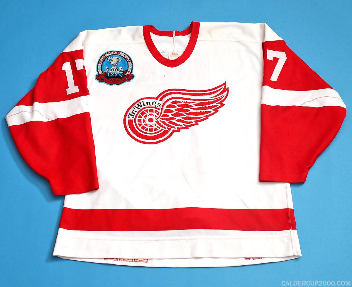 Shawinigan Cataractes QMJHL CHL Hockey Iron On Small Jersey Crest Patch